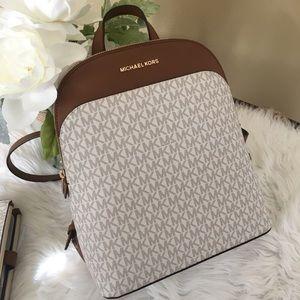 Michael Kors Emmy vanillas signature Backpack